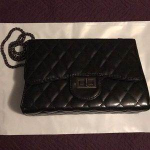 Black Quilted Chain Purse - New